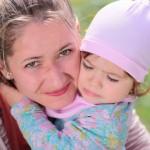 mom-toddler-girl