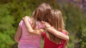 girls-sisters